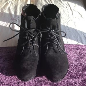 Black laced booties from Kenneth Cole Reaction